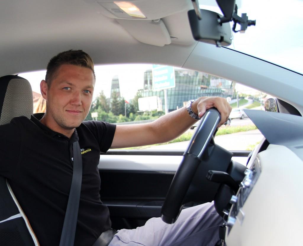 mateusz-nauczyciel-jazdy